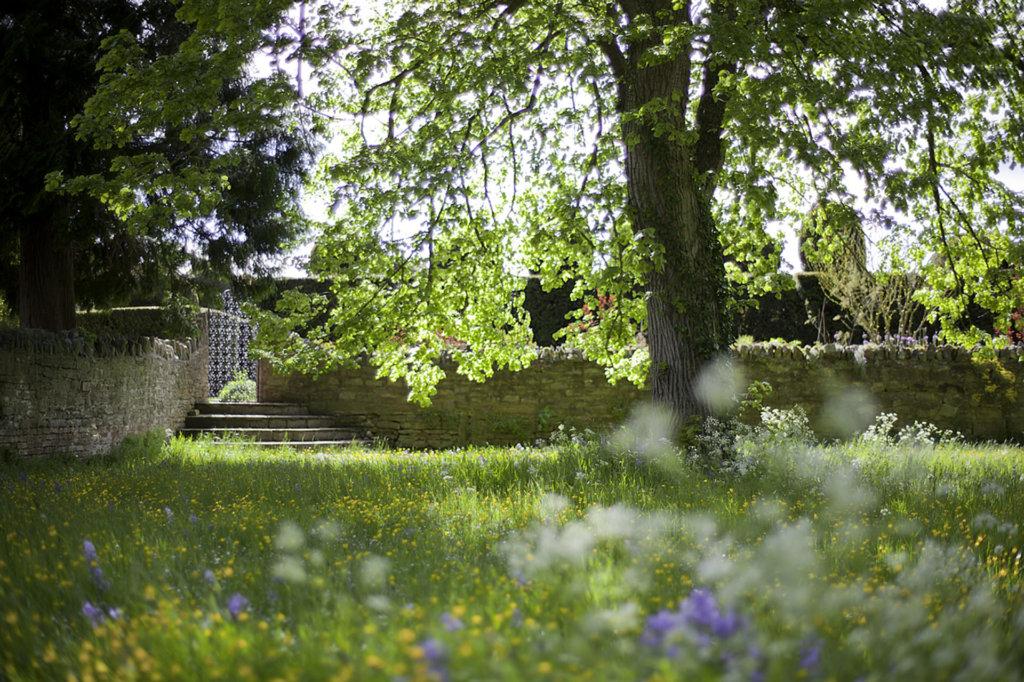 spring-wedding-venue-midlands